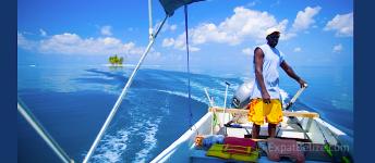 Boating in Belize Barrier Reef